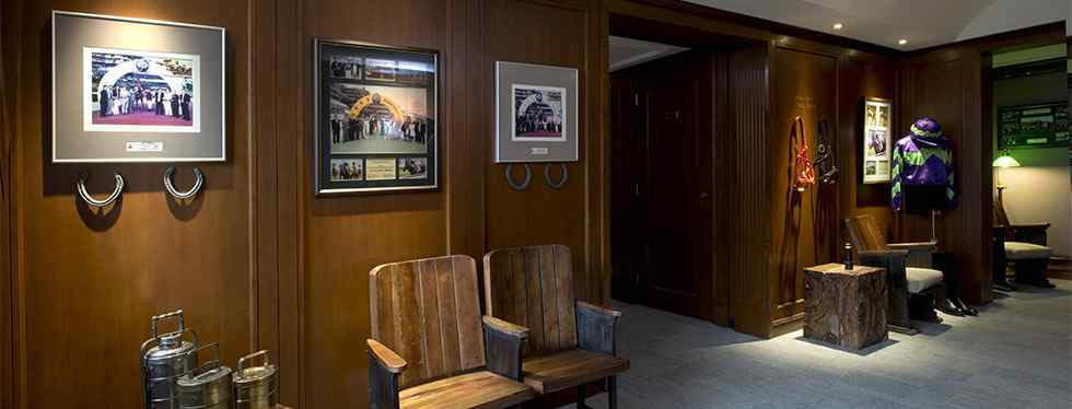 Horse racing apartment decor