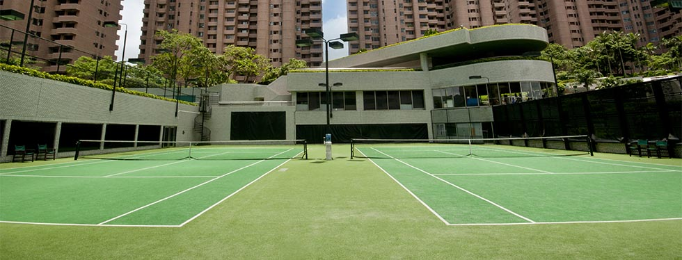 Outdoor tennis court at Hong Kong Parkview